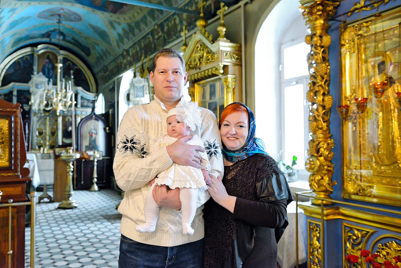 двери фотографии крестин в церкви технически это